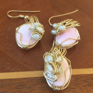 Jewelry - Coral and fresh water pearl earrings and pendant